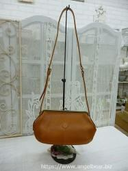 クレドラン PESE PURSE SHOULDER L:CAMEL